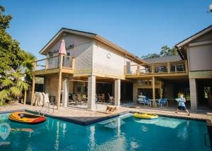 High Water House | Weird Homes Tour Houston