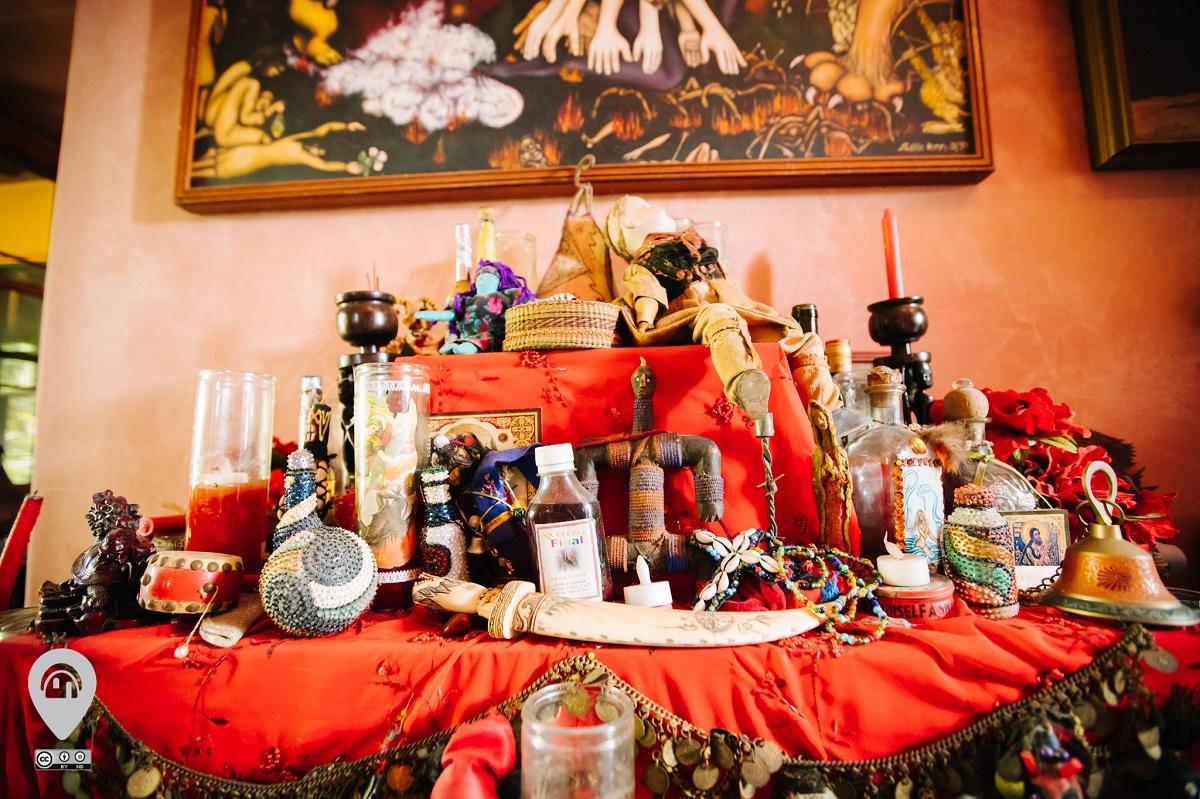 Home of the Vodou Priestess | Weird Homes Tour New Orleans