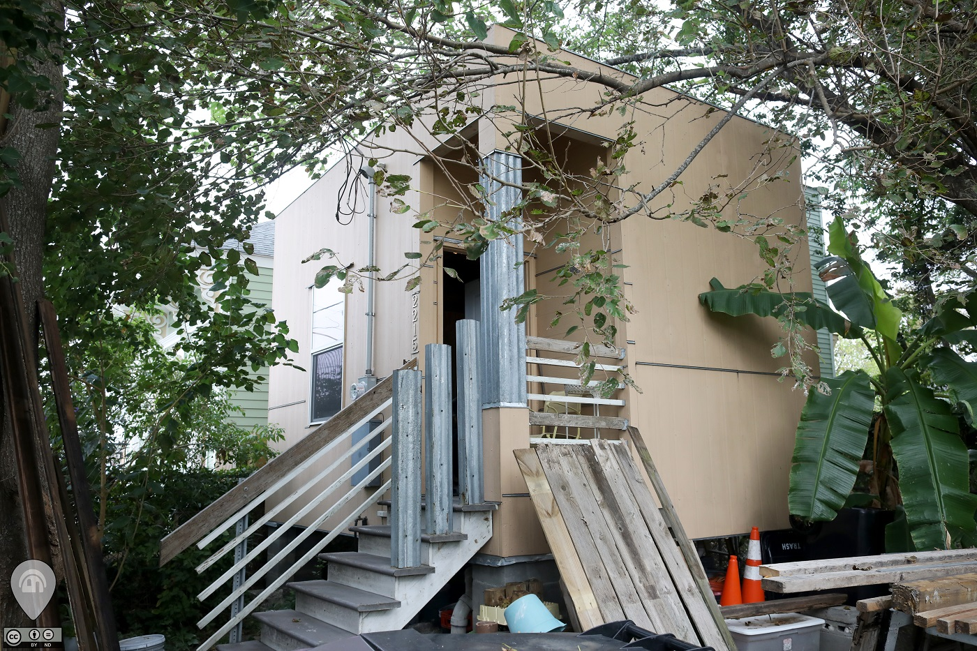 The Tiniest Home In New Orleans | Weird Homes Tour New Orleans