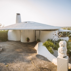 Sand Dollar House | Weird Homes Tour Austin